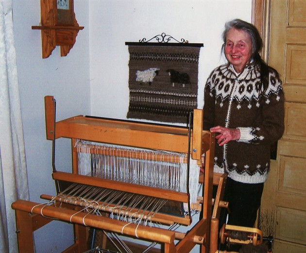 nancy-floor-loom